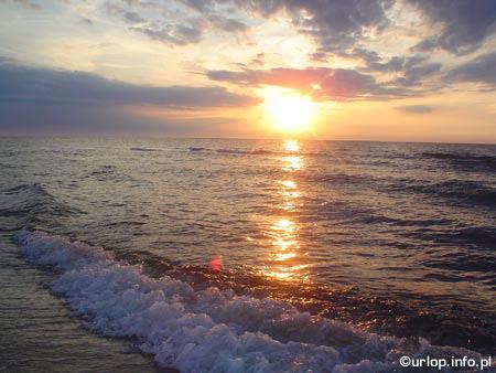 http://www.miedzyzdroje.urlop.info.pl/fotki/1_big.jpg